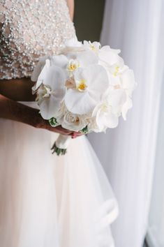 A romantic Westin Prince wedding planned by Toronto wedding planner Ruby Refined Events. Romantic blush pink and gold wedding details. White Orchid Bouquet, Orchid Bridal Bouquets, Small Wedding Bouquets, Bridesmaid Bouquet White, Bride Bouquets, Flower Bouquet Wedding, Floral Wedding, Wedding Ceremony Ideas, Prince Wedding