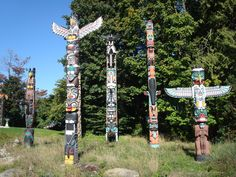 Totem poles in Stanley Park Urban Furniture, Kids Furniture, Luxury Furniture, Vancouver Vacation, Stanley Park, Travel With Kids, British Columbia, Wind Chimes, Outdoor Structures