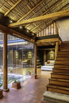 Modern Rustic Loma House in Ecuador by Iván Andrés Quizhpe Indian Home Design, Indian Home Interior, Kerala House Design, Home Interior Design, Interior Decorating, Courtyard Design, Courtyard House, Village House Design, Village Houses
