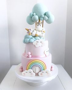 Unicorns in the clouds cake! Cute Birthday Cakes, Birthday Cake Girls, Unicorn Birthday Parties, Unicorn Party, Unicorn Rainbow Cake, Bolo Laura, Mousse Au Chocolat Torte, Cloud Cake, Pony Cake