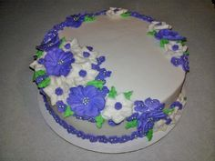 My final cake for Wilton Cake Decorating Course 2