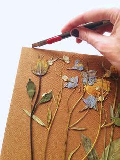 how to press flowers botanicals Cute Crafts, Diy And Crafts, Arts And Crafts, Pressed Flower Art, Newspaper Crafts, Leaf Art, Nature Crafts, Botanical Art, Flower Crafts