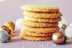 Shortbread cookies are a rather dignified affair, often paired with tea and leaning towards savory with their light sweetness and flavors like lemon and rosemary. These cookies are quite humble, however, in both their ingredient list and their preparation. This rich cookie — which sometimes takes on the crispy, snappy quality of a cracker — doesn't require a stand mixer, rolling pin, or cookie cutter, and can be stashed in the freezer for an impromptu holiday cookie plate or an equally im...
