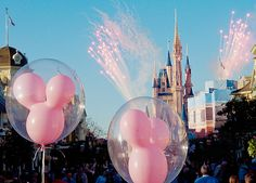 Summer goal #12 When at Disney land, buy a Mickey Mouse balloon and buy a set of Minnie Mouse head bands !!♡
