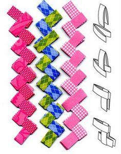 `bonita cadeneta con papeles variados