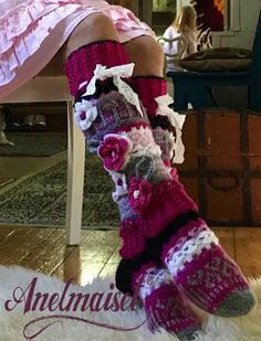 Crochet Socks, Knitting Socks, Crochet Stitches, Hand Knitting, Knit Crochet, Crochet Patterns, Loom Love, Winter Socks, Handmade Scarves