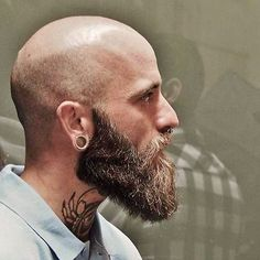 Looking to combine bald with beard styles? This gives you a lot of bald with beard styles to choose from. Bald Men With Beards, Bald With Beard, Black Men Beards, Long Beards, Beard Styles For Men, Hair And Beard Styles, Bald Men Styles, Viking Beard Styles, Bart Styles