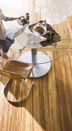 houten vloer/ bamboe