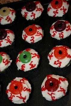 green and red halloween cupcakes