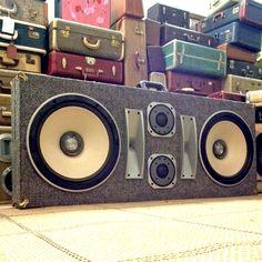 superbassdeluxe-boomcase-stereo-vintage-boombox