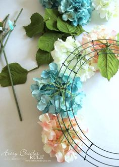 DIY Hydrangea Wreath (so easy, you can make your own!) DIY Hydrangea Wreath (so easy, you can make your own!),türkranz DIY Hydrangea Wreath – Using wire to add hydrangea – artsychicksrule Hydrangea Wreath, Floral Wreath, Flower Wreaths, Forsythia Wreath, Tulip Wreath, Hydrangea Flower, Holiday Wreaths, Holiday Crafts, Diy Christmas