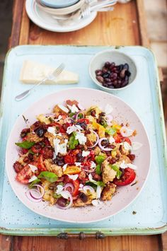 Absolutely love Jamie Oliver's take on the traditional Tuscan Salad Panzanella. Here's the recipe from Channel 4 Jamie's Money Saving Meals. It's the way he prepares the dressing that makes this salad so different from the traditional recipe! Serves 4 Ingredients 200 g quality stale bread 12 black olives, stone in 2 heaped teaspoons baby …