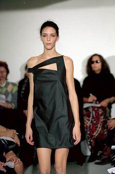 Ocimar Versolato | Spring 2000 Ready-to-Wear | 30 Black asymmetrical shoulder mini dress