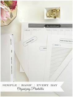 A complete collection of simple + pretty organizing printables to make your home management binder easy to use. Complete printable set including menu planning, shopping, projects, party planner, things to do and recipes to try page.