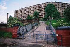 PARK HILL ESTATE | SHEFFIELD | ENGLAND: *Constructed: 1957-1961; Designed by: Jack Lynn & Ivor Smith; Grade II Listed; Renovation: 2009-....* Photo: Jrim, via Flickr