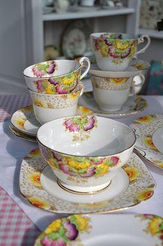 Art Deco Style Tea Set
