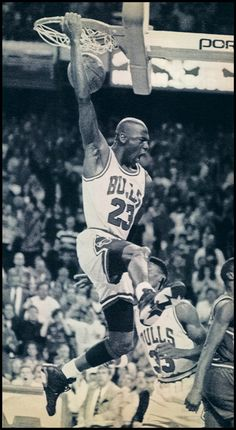 Michael Jordan going for a slam dunk http://my-extreme-weight-loss.com/learn-more