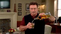 Jack-Donaghy-Pouring-Alcohol-Loop-30-Rock.gif (500×281)
