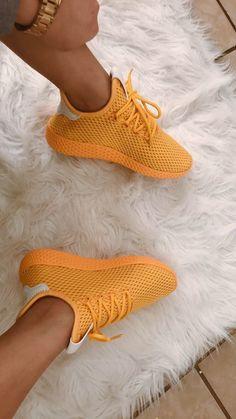 @ariananicolexo http://feedproxy.google.com/fashionshoes11