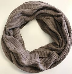 This luxurious infinity loop cable knit scarf is designed and knitted with lots of love and care, HANDMADE, amazing quality, you will LOVE it, we promise! 100% organic cotton scarf, classic cable knit design, pure, natural, super soft and luxurious. Non-toxic, non-itch, pesticide-free and