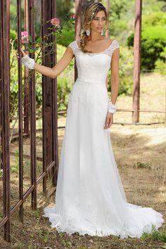 12 beste afbeeldingen van Collectie bruidsjurken 2015  Alon livne wedding dresses Bridal gowns en Wedding outfits