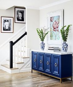 House Tour-A Timeless Lovely Classic Home in Pebble Beach Classic Home Decor, Classic House, Beach House Tour, Blue And White China, Floor To Ceiling Windows, Pebble Beach, Interior Design Living Room, House Tours, House Design