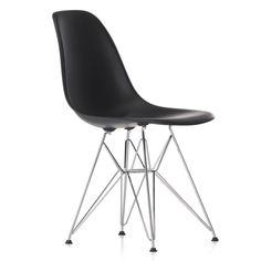 Vitra - Eames Plastic Side Chair DSR (H 43 cm), verchromt / basic dark, Kunststoffgleiter basic dark (Teppichboden) Basic dark T:55 H:83 B:46