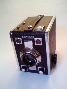 Old camera.  Mothers Love Free Information on how to (Make Money Online)  http://ibourl.com/1nss