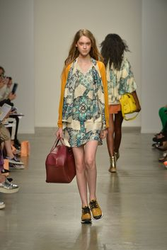 See the complete Karen Walker Spring 2014 Ready-to-Wear collection.