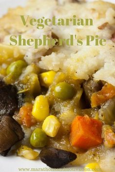 Vegetarian Shepherd's Pie: A delicious vegetarian recipe perfect for a family meal on a winter night. A great St. Patrick's Day vegetarian meal to serve up! Egg Recipes For Dinner, New Recipes, Vegetarian Recipes, Healthy Recipes, Cheap Vegetarian Meals, Cheap Recipes, Vegetable Recipes, Holiday Recipes, Recipies