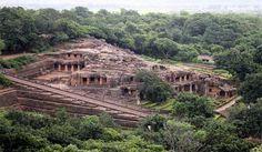 India-Archives (भारतीय अभिलेखागार): Udayagiri and Khandagiri caves