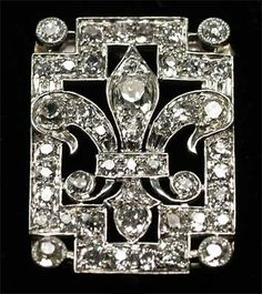 Platinum Pave Diamonds Fleur de Lis Pin/Pendant