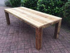 Gartentisch aus gebrauchtem Bauholz, geölt