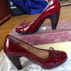 """Red patent Sofft pumps Red patent Sofft """"Chrissy"""" pumps with a toe bow, minimally worn, in box. Sofft Shoes Heels"""