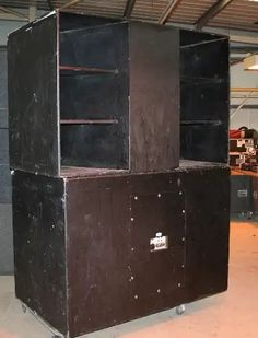 Pro Audio Speakers, Horn Speakers, Subwoofer Box Design, Speaker Box Design, Speaker Plans, Speaker System, P A System, Stage Equipment, Richard Long