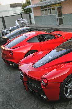 The Ferrari Family (Credit: Vincero Photography) Ferrari Daytona, Ferrari Ff, Ferrari Laferrari, Ferrari Mondial, Ferrari 2017, Sexy Cars, Hot Cars, Lamborghini, F12 Tdf