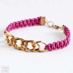 Bracelet gold-plated shiny brass chain and macrame