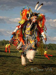 Fancy Dancer - Diana Volk Photography - www.dianavolk.com/