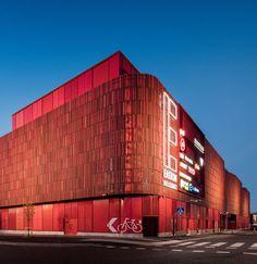 Easton Commercial Center / Lahdelma & Mahlamäki Architects  https://www.archdaily.com/883525/easton-commercial-center-lahdelma-and-mahlamaki-architects