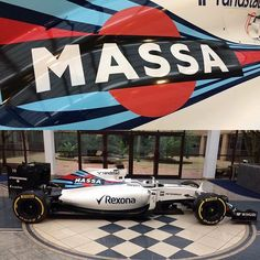 Massa's retirement present in the Williams reception #f1 #felipemassa #williamsf1 @williamsmartiniracing