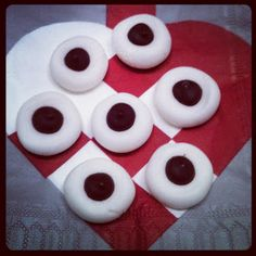 Lykkes Lækkerier: Pebermyntepastiller Diy And Crafts, Pudding, Sweets, Snacks, Cookies, Desserts, Christmas, Food, Crack Crackers