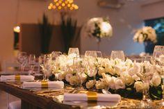 Arranjo para mesa dos noivos Organização e cerimonial #zappeventos #AliceAcosta