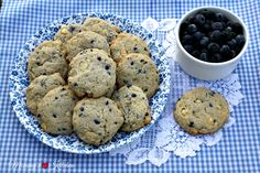 Mommy's Kitchen - Home Cooking & Family Friendly Recipes: Blueberry Muffin Cheesecake Cookies & {Giveaway}
