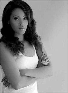 Cat Footwear #Earthmover: Shontelle. 23 year old singer-songwriter boasting four platinum singles.