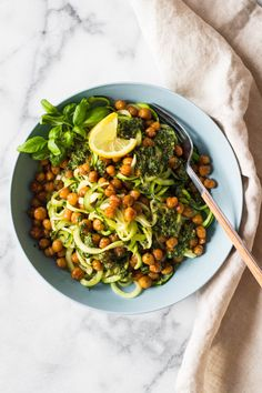Easy Zucchini Noodles via @greenhealthycoo
