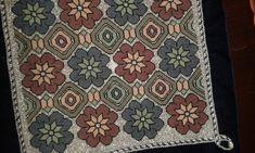 Δημιουργιες μου Tiny Cross Stitch, Cross Stitch Borders, Cross Stitch Embroidery, Needlework, Bohemian Rug, Rugs, Knitting, Fabric, Crafts