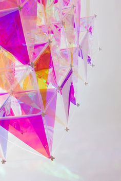 SO-IL's Iridescent Kite Made From 3M™ Dichroic Glass Finishes
