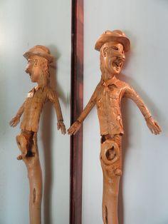 Sculpture de Pierre Damiean: Bâton à cavité secrète et mains articulées!...