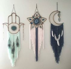 hamsa moon star shape large dream catcher custom handmade dream catcher feather Home decoration macrame wall hanging Los Dreamcatchers, Moon Dreamcatcher, Diy And Crafts, Arts And Crafts, Stick Crafts, Beach Crafts, Upcycled Crafts, Wooden Crafts, Summer Crafts