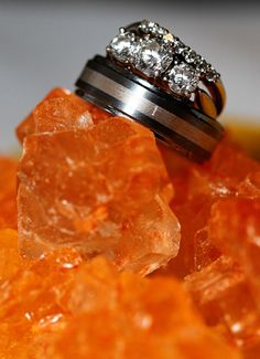 Ring Shot Orange Rock Candy Wedding Photo Fantasy Wedding, Dream Wedding, Wedding Stuff, Wedding Ideas, Wedding Ring Photography, Photography Ideas, Candy Wedding Favors, Ring Shots, Rock Candy